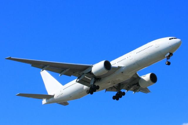 飛行機と新幹線はどちらが便利なのか